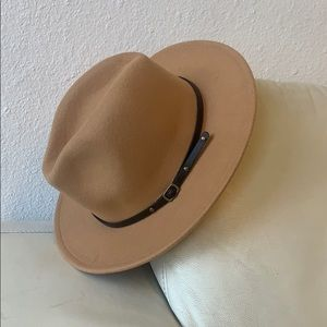 Accessories - Camel wool fedora panama hat with buckle